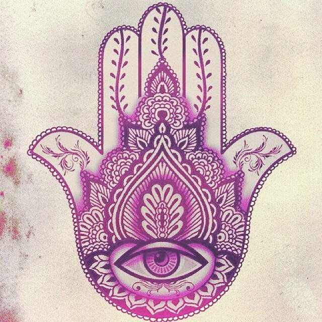 10-spiritual-symbols-you-must-know-hamsa-hand