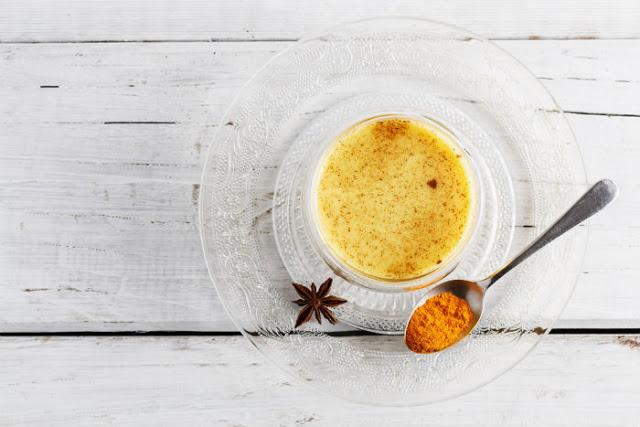 saffron-turmeric-cashew-milk-recipe