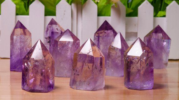 A Guide To Healing Crystals: 10 Most Effective Healing Stones 1